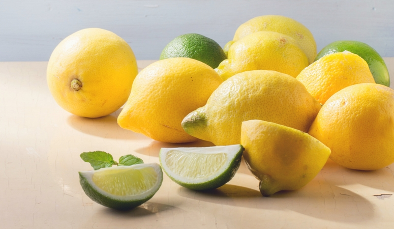 Lemon essential oil benefits and uses. Great for cleaning, a mood pick me up, and an overall fresh scent.