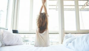 Self care tips for busy moms. Healthy habits every woman should do daily. Creating a self care morning routine can help make you a happier, more peaceful mom.